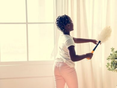 How to clean curtains.