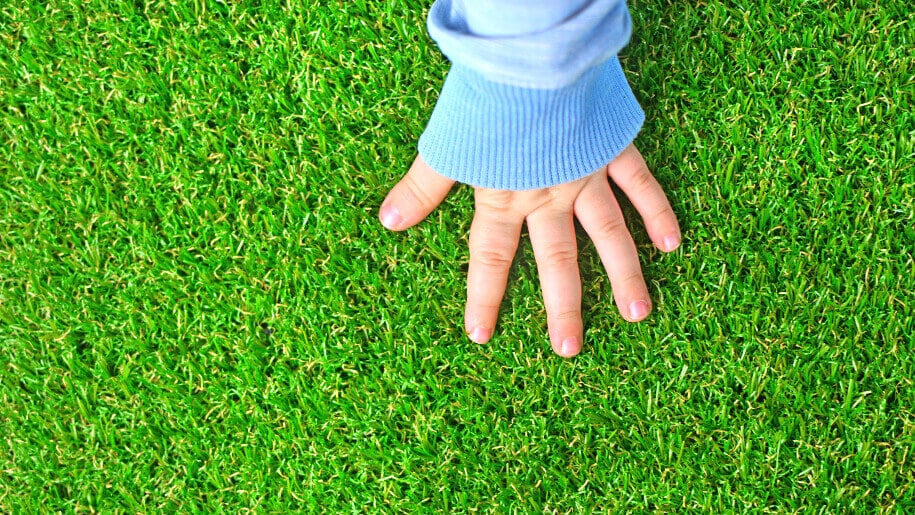 How to keep artificial grass clean