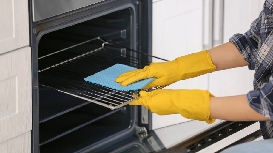 Cleaning oven parts
