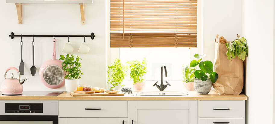 How to Clean a Kitchen Thoroughly
