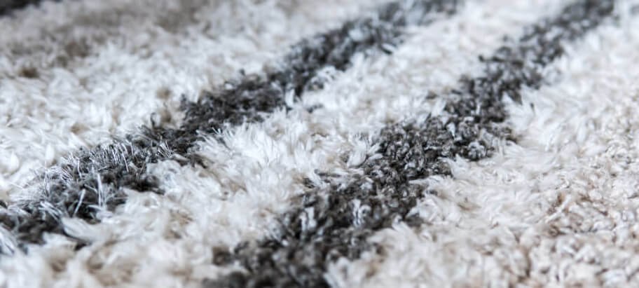 How to keep a shag rug clean