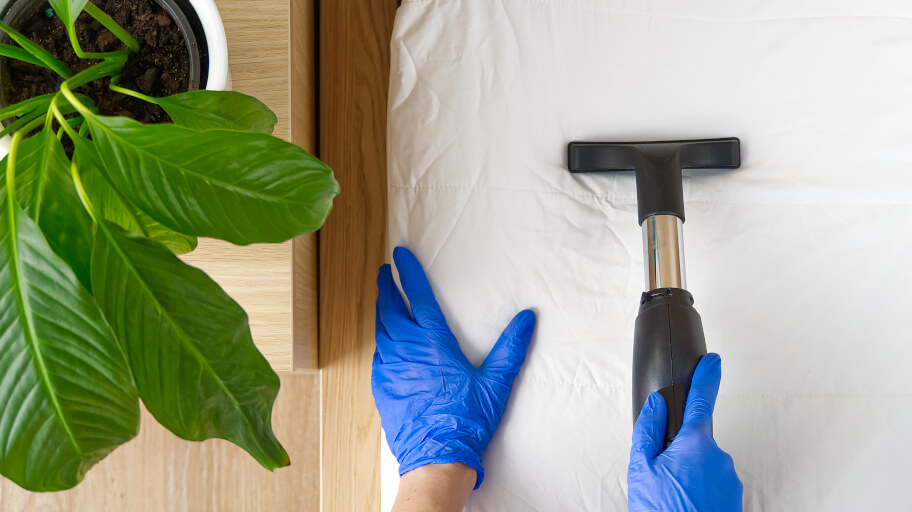What is the best way to clean a mattress?