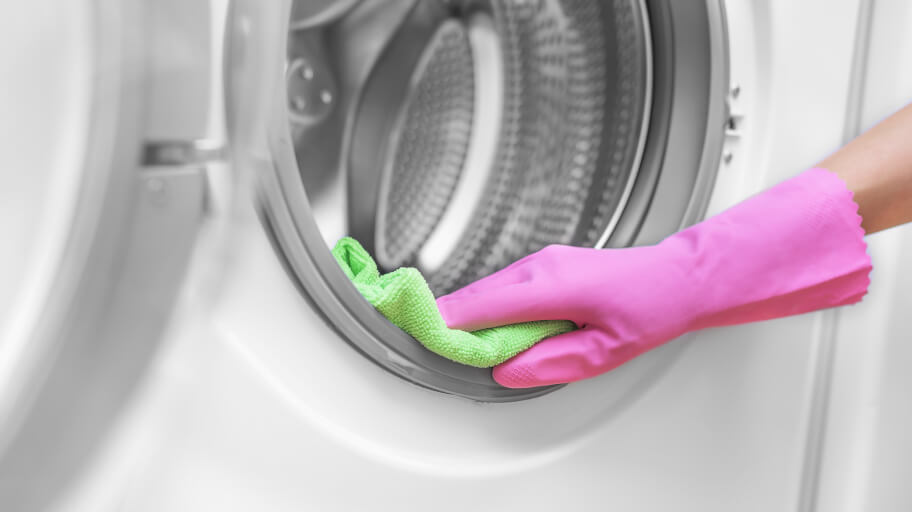 How to thoroughly clean your washing machine