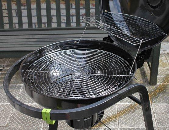 A cleaned barbecue by Fantastic Cleaners